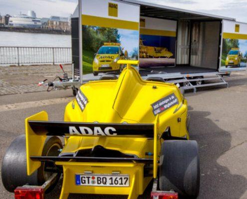Erweckt Aufmerksamkeit: Formula Racing Stand der ADAC Vertriebsagentur Marita Wollgam