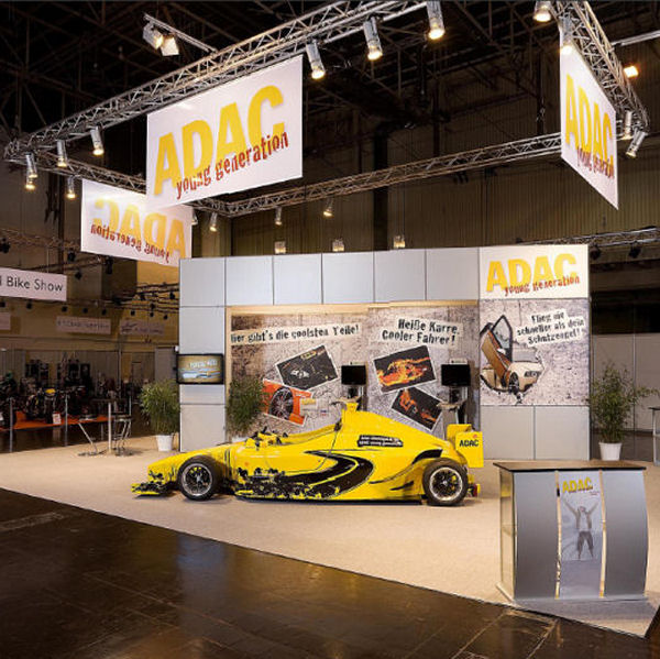 Formel 1 Rennsimulator der Marita Wollgam GmbH